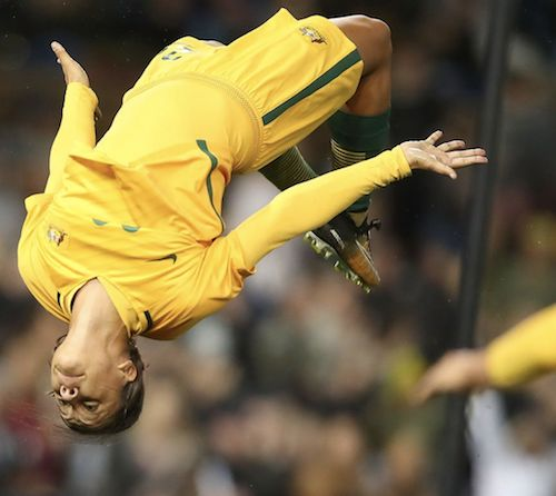 Sam Kerr is not the only one going head over heels for the Matildas. Another record crowd of 16k+ for yet another win, 3-2, v Brazil. 20.09.17