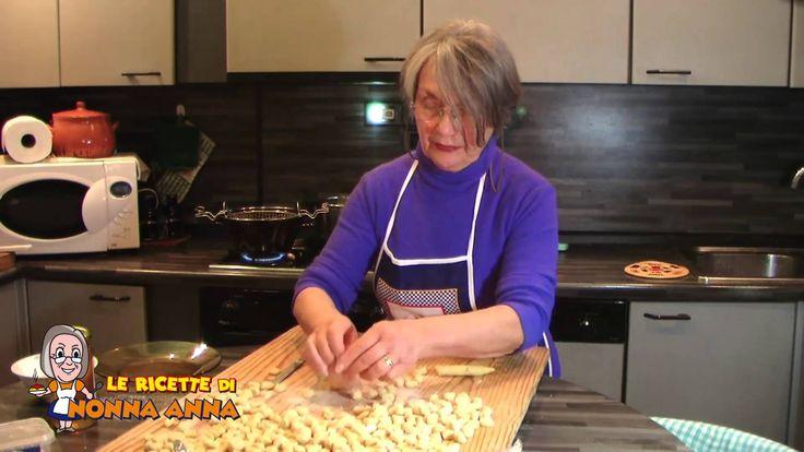 Gli struffoli napoletani - Le ricette di Nonna Anna