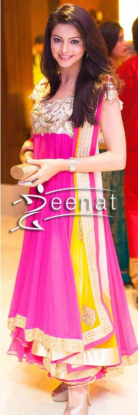 Aamna Sharif In Fuchsia Anarkali Churidar