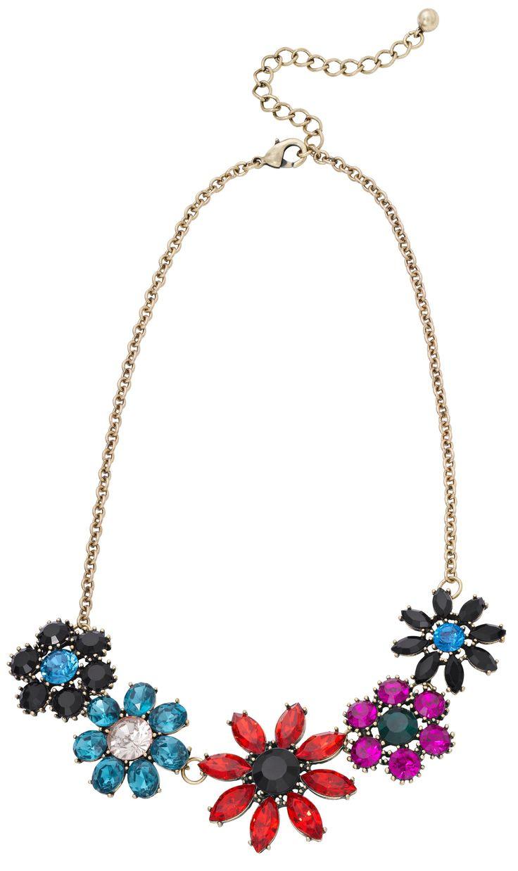 1000 images about frida kahlo on pinterest flower crowns pearls and blue. Black Bedroom Furniture Sets. Home Design Ideas
