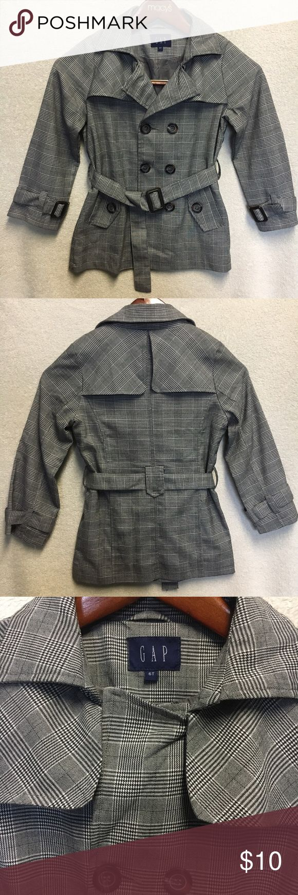 Gap Coat Blazer for kids Gap gray coat blazer for kids size 6T very good condition. Price is firm unless its a bundle. ❤️Bundle 2 items and get a 10% discount. ❤️Bundle 3 or more items and get a 10% discounts plus a FREE jewelry set (necklace + earrings) of your choice!❤️ GAP Jackets & Coats