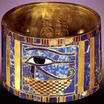 The Eye of Horus  Bracelet found on the mummy of King Shoshenq II - c 890 BC- gold lapis lazuli, carnelian,faience - Cairo Museum