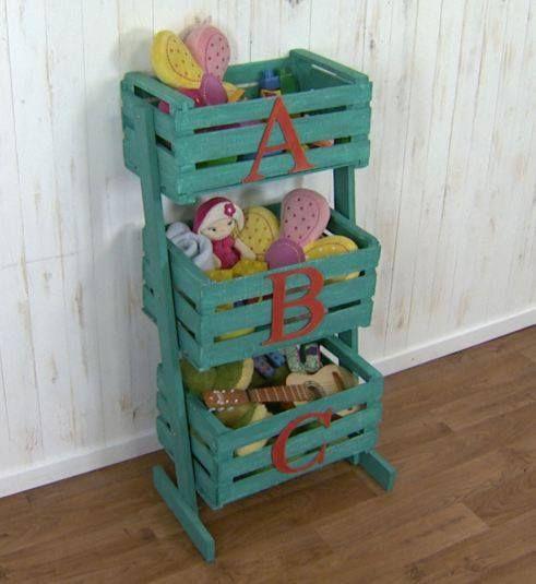 jueguetero reciclando cajas de fruta, lindo, económico y fácil de hacer