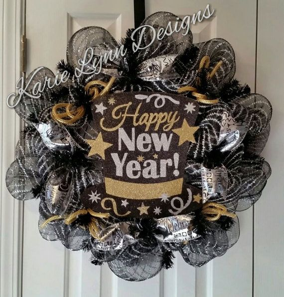 190 best Wreaths - New Years Wreath and Door Decor images ...