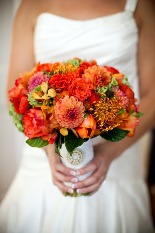 Gorgeous fall bouquetFall Wedding Bouquets, Fall Bouquets, Bridesmaid Dresses, Fall Weddings, Flower Ideas, Fall Wedding Flower, Fall Flower, Orange Bouquets, Orange Dahlias