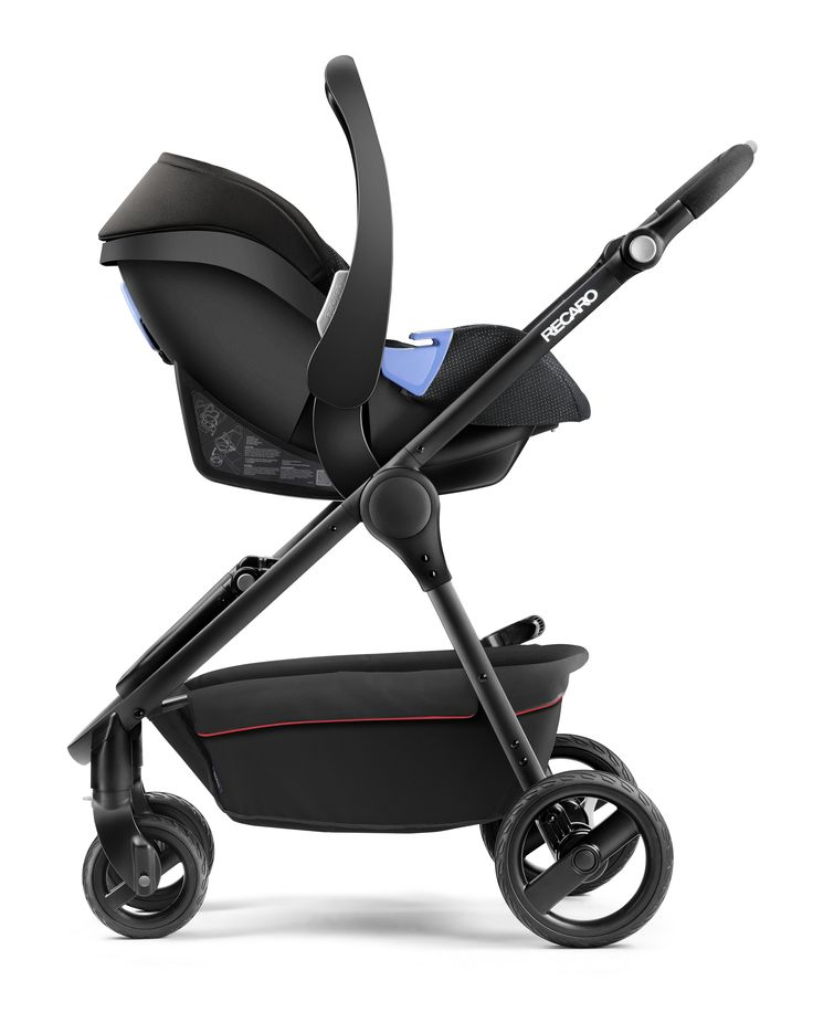 RECARO Citylife in combination with the RECARO Privia infant carrier