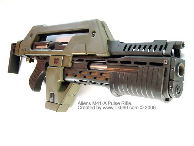 Aliens M41-A Pulse Rifle Replica, All Steel, Super Deluxe Version