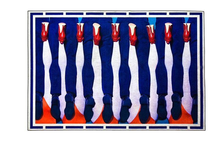 Seletti Wears Toiletpaper - Colores eléctricos y elementos surrealistas fueron la guía del diseño. | Galería de fotos 1 de 8 | AD MX