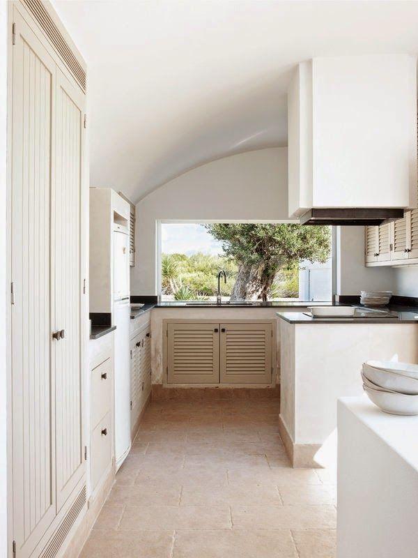 Sea of Girasoles: Interior: house in Menorca