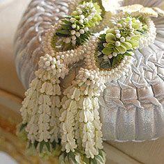 Thai wedding garlands