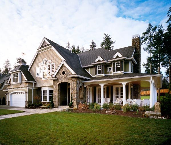 Craftsman house plan 87606 luxury house plans 3 car for Luxury craftsman house plans