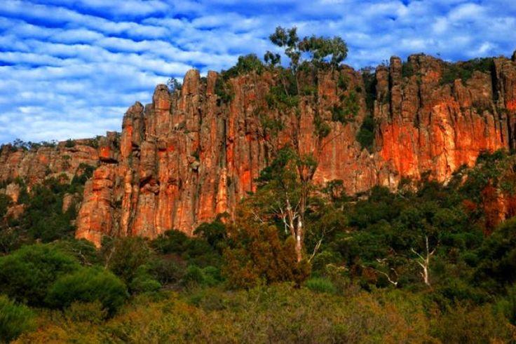 Adrenaline outbreak : the most popular destinations for rock climbing around the world MOUNT ARAPILES , VICTORIA , AUSTRALIA