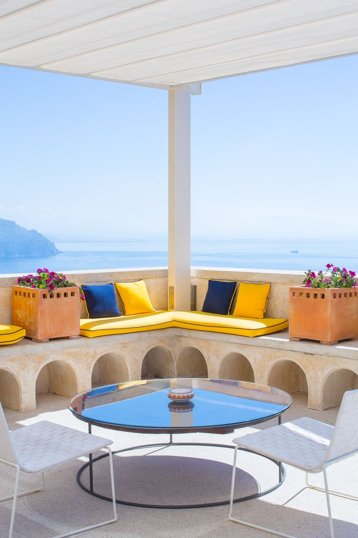 ACTIVE ESCAPE TO MONASTERO SANTA ROSA. I spent 3 magical days on the 'Health & Hike' program at the Monastero Santa Rosa Hotel & Spa, cliffside on Italy's Amalfi Coast. Click this picture to discover the heaven that I found... 🇮🇹🌞🌊👌