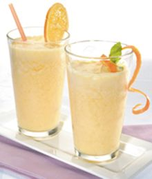 www.orangetheoryfitness.com/jacksonville  Light Orange Cream Smoothie-4 servings/ 2 medium oranges, peeled and sectioned 1 cup 1% milk 1 cup low-fat yogurt, vanilla 1 tablespoon C® Light Sugar & Stevia Blend 1/2 teaspoon vanilla extract 1/2 cup orange juice 2 to 3 cups ice