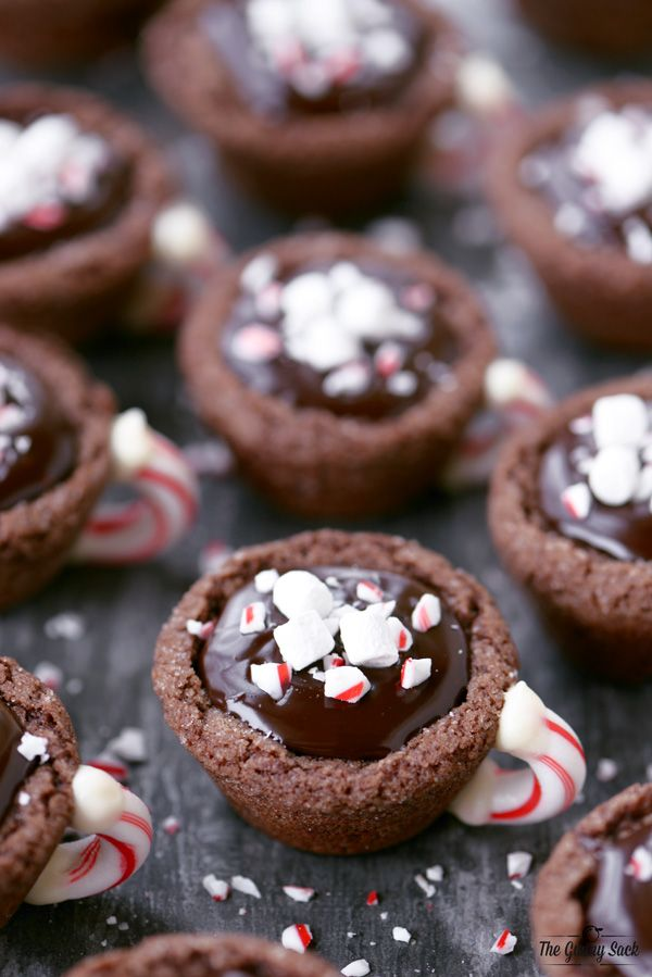 Peppermint Hot Cocoa Cookie Cups Recipe