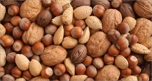 Les gens qui mangent plus de noix au quotidien sont 20 pour cent moins…