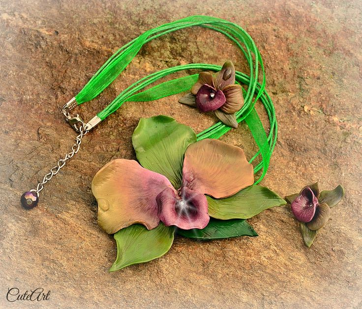 fresh orchid set of necklace and earrings...