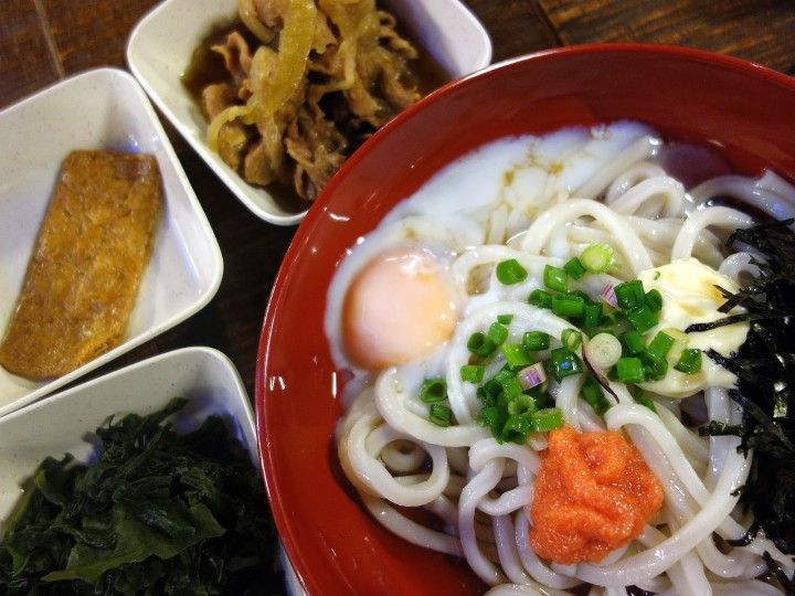 chilled udon noodles with softboiled egg wakame seaweed