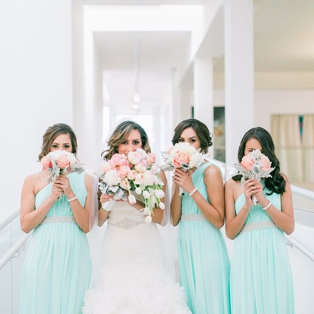 Sisters make the perfect best friends...and bridesmaids. Especially these gorgeous ladies!  #daniellebaconphotography