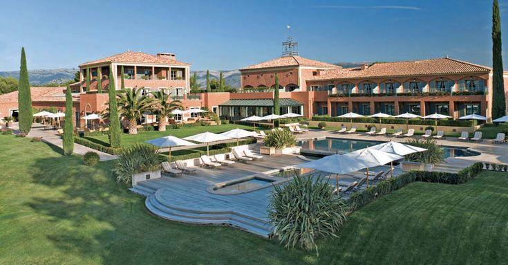 Un séjour dans cet hôtel vous garantira calme, détente et