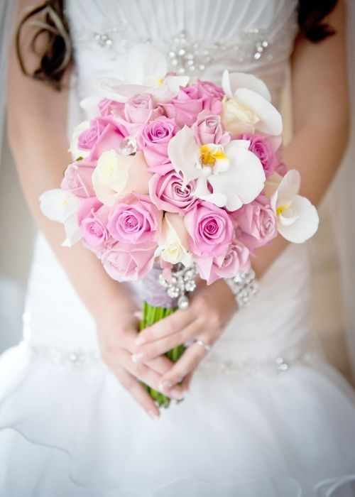 Perfect wedding bouquet ... pink roses and white orchids