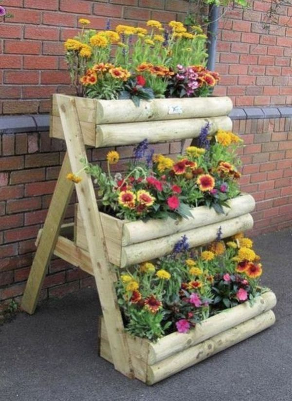 Decoration With Diy Wooden Pots And Flower Boxes That Giving The Garden A Special Charm Vertical Garden Diy Wooden Garden Planters Wooden Flowers