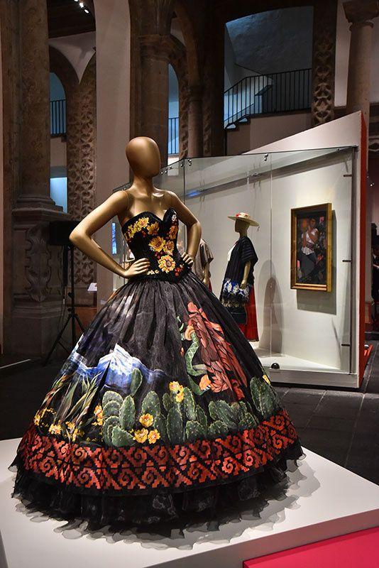 EL ARTE DE LA INDUMENTARIA Y LA MODA EN MÉXICO | Galería de fotos 3 de 16 | Glamour
