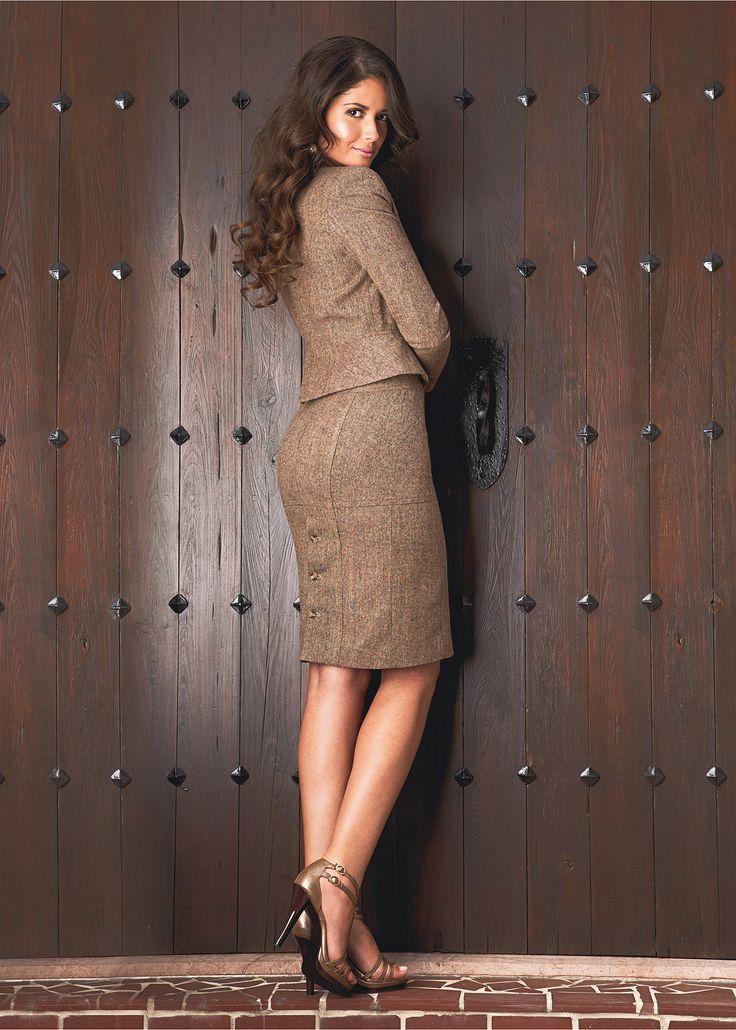 1215 best tenues de travail office wear images on. Black Bedroom Furniture Sets. Home Design Ideas