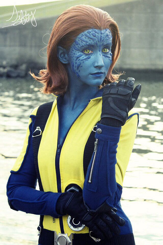 Character: Mystique (Raven Darkhölme) / From: MARVEL Comics 'The Uncanny X-Men' & Fox Films 'X-Men: First Class' / Cosplayer: Some Like It Blue / Photography: Siffy
