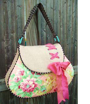 Could put this in Crafts OR My Style, as this gorgeous bag is handsewn!!! Probably the first home-made bag I've seen that I would actually carry, I am NOT a Vera Girl....This link has a link to pattern, i think!!