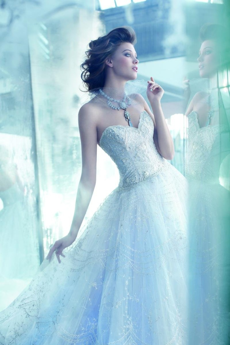 77 best Wedding gowns images on Pinterest | Short wedding gowns ...