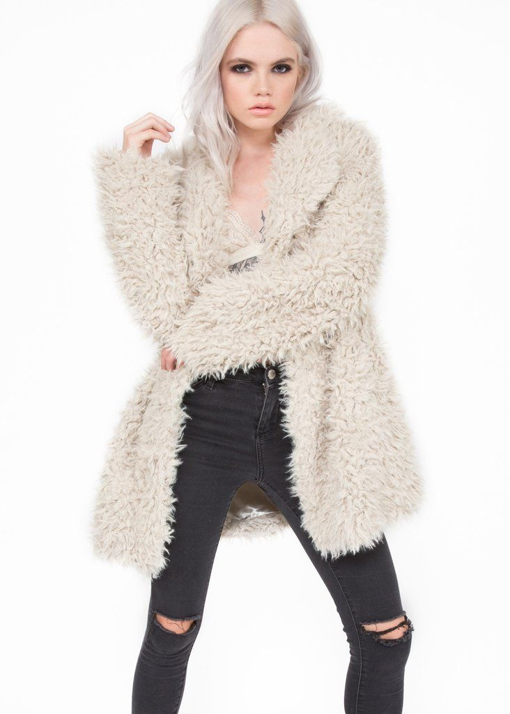 Show off your love for style and look fierce this season!! This beautiful and super soft jacket is crafted from natural color plush faux fur that is lined for warmth. It has a collar design, long slee