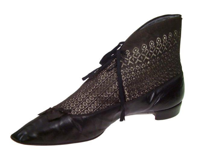 Shoe and silk stockings, 1804-1814, via Musée international de la Chaussure.