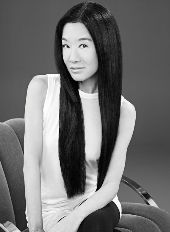 On April 17th in 2010, Vera Wang accepted the Leadership in the Arts Award by the Harvard-Radcliffe Asian American Association at their annual charity fashion show. With her various lines, including her couture bridal collection and her diffusion line, Simply Vera by Vera Wang, she has been an inspirational and influential designer. Subscribe to daily Fashion History facts on our blog! #fashion #bridal #tifh