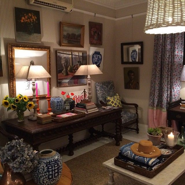 151 best images about anna spiro on pinterest window for Interior decorating vignettes