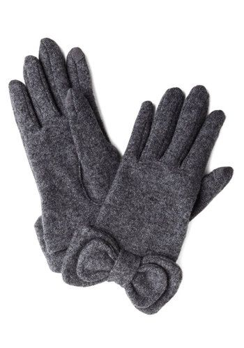 Not to Worry Gloves in Grey - Grey, Solid, Bows, Fall, Winter, Best, Variation, Knit, Holiday #escherpe