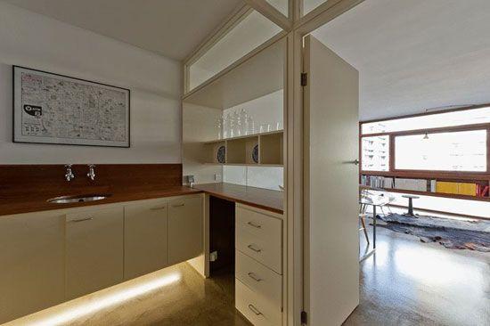 One-bedroom flat in the 1950s Golden Lane Estate, London EC1Y – in original condition