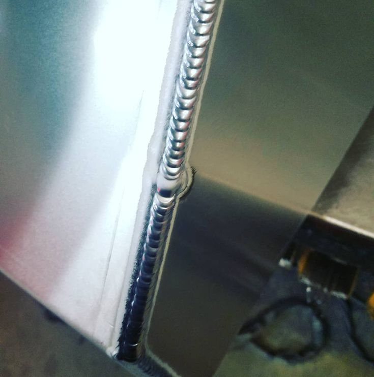 Sorry I've been busy lately and work has been kinda slow. Too much downtime not enough hood time. Here's some aluminum tig though that I did last week. #tig #gtaw #weld #welder #welding #aluminum #aluminunwelding #aws #professional #sheetmetal #sheetmetalfab #fabrication #fabricator #weldlife #weldingsmostwanted #weldnation #weldporn #weldeverydamnday  #miketheweldor #sac #sacramento #916 #construction  #manufacturing #collegeeducated