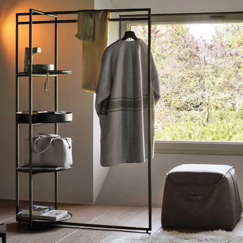 die besten 17 ideen zu herrendiener auf pinterest diener. Black Bedroom Furniture Sets. Home Design Ideas