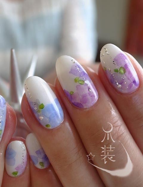 爽やかなブルーと紫が夏の和装のテイストにピッタリ♡ 色打掛にも白無垢にも。夏のネイル一覧♡