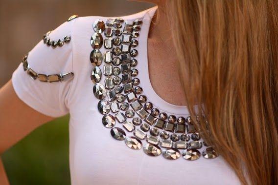 Carol Gaia: Meu Look | T-shirt Bordada