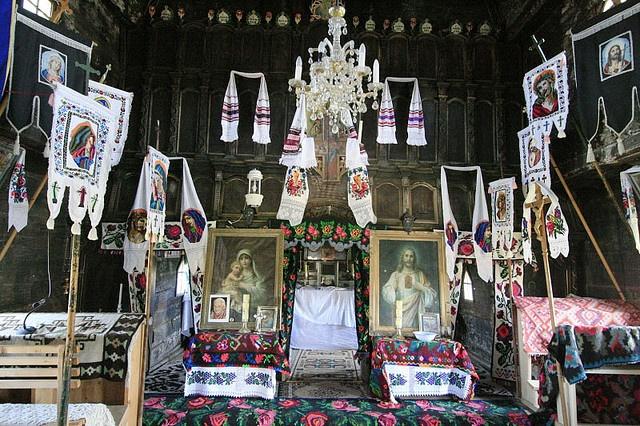 Şieu, Maramureş, Transylvania: wooden church interior by TudorSeulean, via Flickr