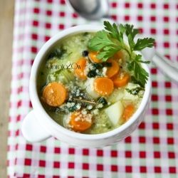 Barley soup with young vegetables and millet (Polish)