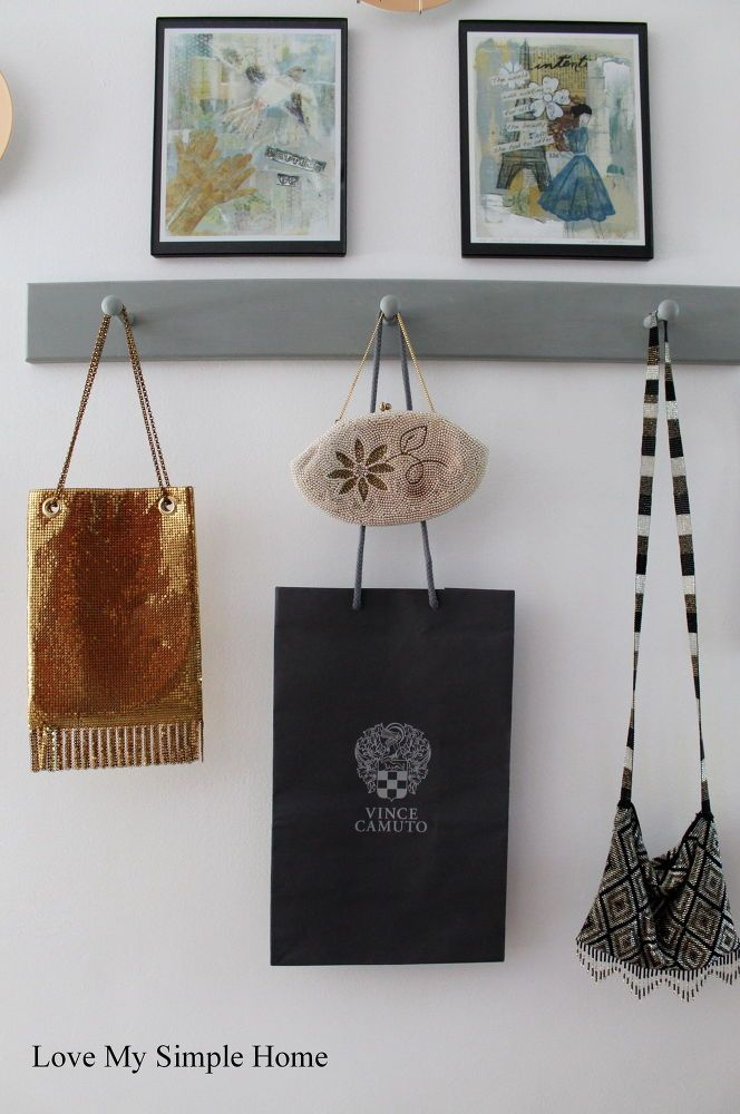Shopping Bag Inspired Gallery Wall #KidSpace