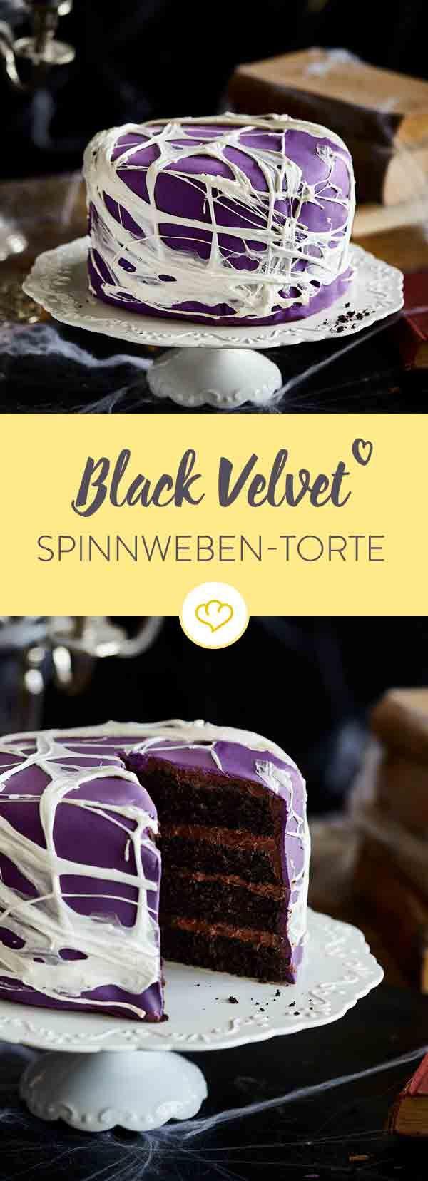 Perfekt für Halloween: Black Velvet Spinnweben-Torte