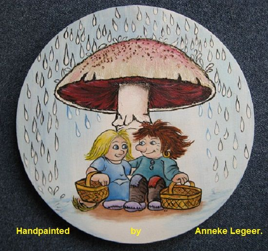 """Skydd under den stora svamp"", handpainted by Anneke Legeer, the Netherlands, naar voorbeeld van Rolf Lidberg.  November 2011."