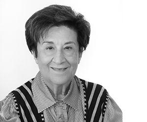 Τόνυ Μαχά Ευαγγελοπούλου | Toni Maha Evagelopoulou | Ψυχολόγος, Ακουστικο-ψυχο-φωνολόγος | Tο αντικείμενο εργασίας της κυρίας Τόνυ Μαχά Ευαγγελοπούλου, εδώ και 30 χρόνια, έχει να κάνει με τις εφαρμογές της Ακουστικο- Ψυχο- Φωνολογίας, (Μέθοδος Tomatis), στον άνθρωπο και στα προβλήματα που τον αφορούν. Η μέθοδος Tomatis ασχολείται με τη σχέση που υπάρχει μεταξύ του αυτιού και της φωνής, άρα μεταξύ της ακρόασης και της επικοινωνίας. | Μάθετε περισσότερα εδώ www.tomatiscenter.gr