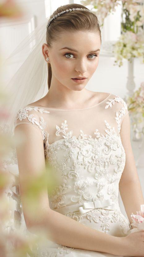 PALMERE | Bridal Gowns | 2015 Collection | Avenue Diagonal (close up)