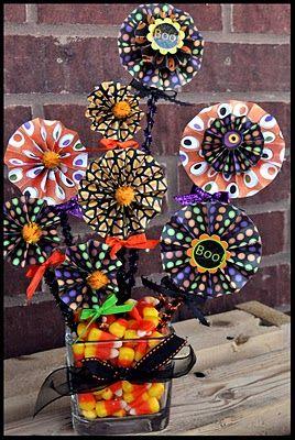 Cute HalloweenCenterpieces Ideas, Halloween Paper, Paper Flower, Candy Corn Centerpieces, Halloween Diy Centerpieces, Halloween Party Centerpieces, Fall Party Centerpieces, Easy Halloween Centerpieces, Center Piece