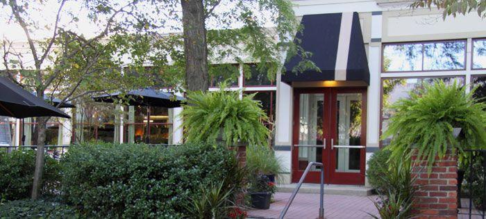 eat: Georgetown Restaurant | Lakewood, OH
